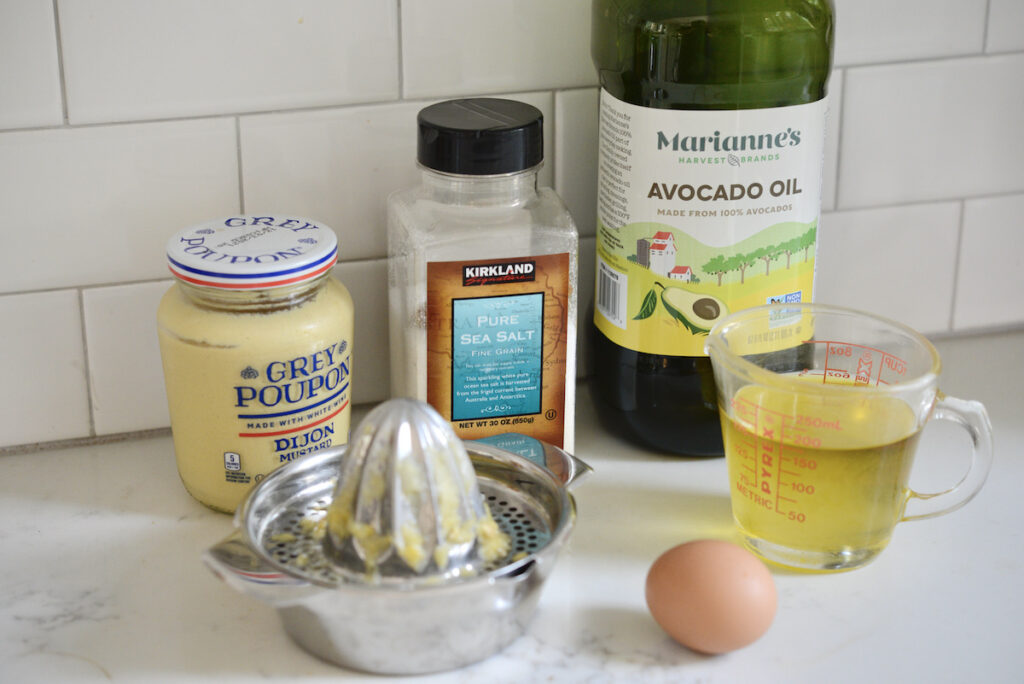 ingredients for avocado mayo